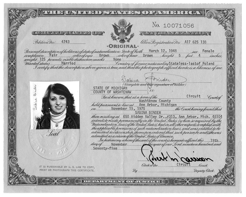 Akt przyznania Sabinie Binder obywatelstwa Stanów Zjednoczonych