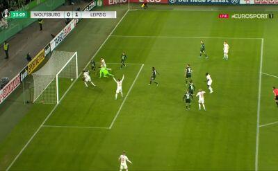 Pechowa trzynastka Brumy. Obrońca Wolfsburga wbił piłkę do własnej siatki