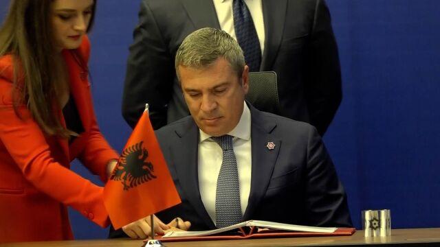 Premier Albanii o Serbii: wbija nóż w plecy Kosowa