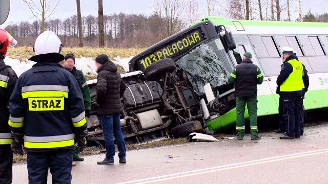 Dwa wypadki w tym samym miejscu. Dziewięć osób rannych