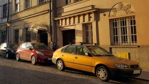 Pierwsza godzina parkowania za 8 złotych. Pomysły miast na walkę ze smogiem