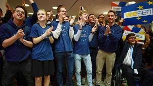 Młodzieżówka przeciw następczyni Merkel. Domagają się prawyborów