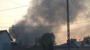 Pożar składowiska śmieci. 32 zastępy strażaków w akcji