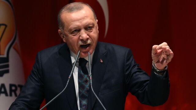 Erdogan: Unia Europejska i świat powinny wspierać to, co Turcja stara się zrobić