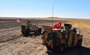 Wojska tureckie na granicy z Syrią