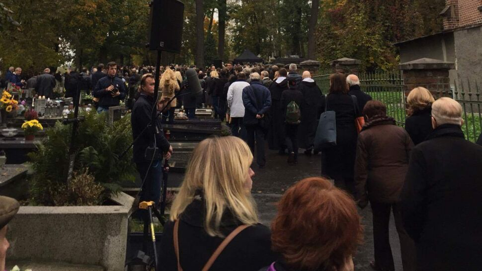 Ostatnie pożegnanie Andrzeja Wajdy. Reżyser spoczął w rodzinnym grobowcu