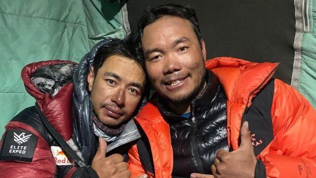 """Wszyscy zdobywcy K2 już w bazie. """"Jesteśmy bezpieczni"""""""