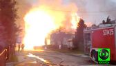 Ogromne płomienie zajmują domy