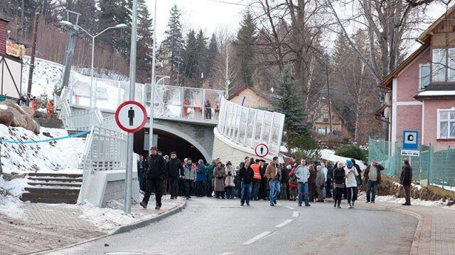 Karpacz: otworzyli tunel  pod stokiem narciarskim