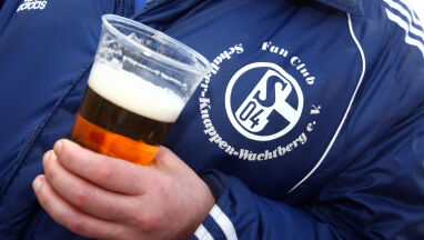 Schalke zwróci browarowi 8000 litrów piwa