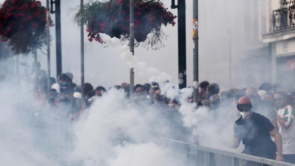 Kamienie, gaz i armatki wodne. Protesty na szczycie G7
