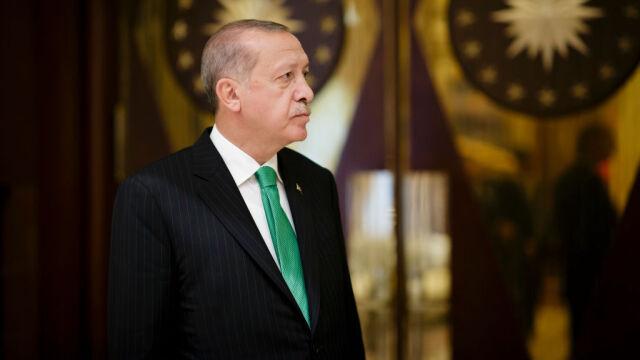 Planowane demonstracje i fala krytyki. Szef MSZ broni wizyty Erdogana w Niemczech