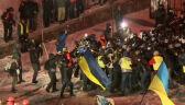 Szturm policji na barykadę