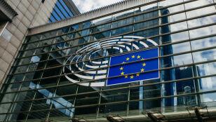 Miliardy kont usuniętych na Facebooku przed eurowyborami