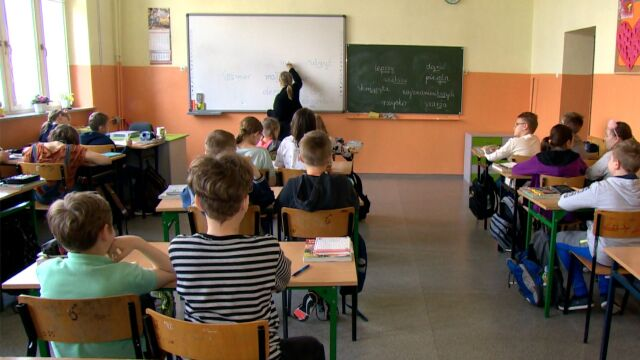 Many teachers received reduced salaries due the nationwide strike