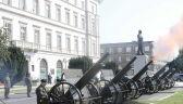 Oddano salut narodowy: 21 strzałów armatnich