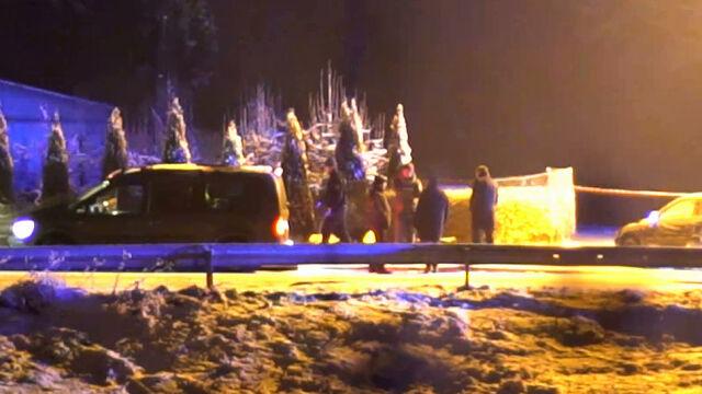 """Trzy ciała na poboczu, kierowca uciekł. """"Znał tę rodzinę. Wracali od niego z imprezy"""""""