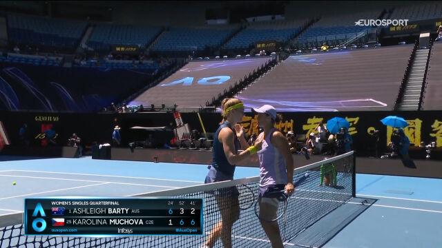 Muchova pokonała Barty w ćwierćfinale Australian Open