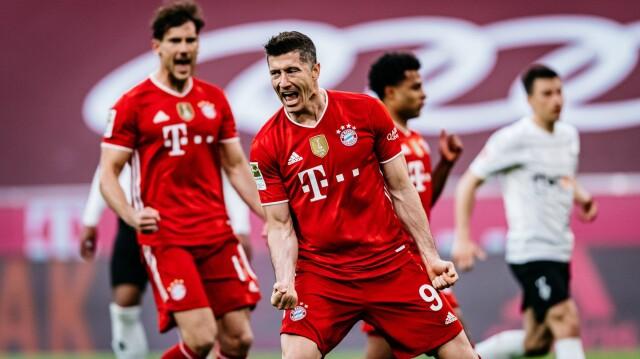 Trener Bayernu chwali i przestrzega Lewandowskiego