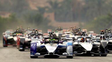 Wyjątkowy sezon Formuły E. Kierowców przywita jeden z najtrudniejszych torów na świecie