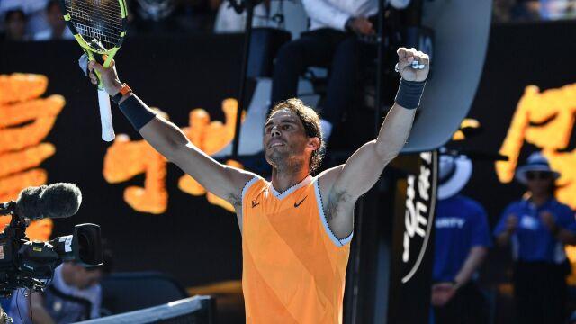 Nadal po raz jedenasty w ćwierćfinale w Melbourne