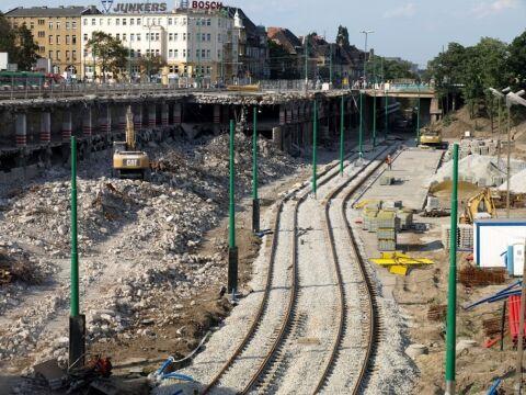 Widok na nową trasę z mostu Uniwersyteckiego