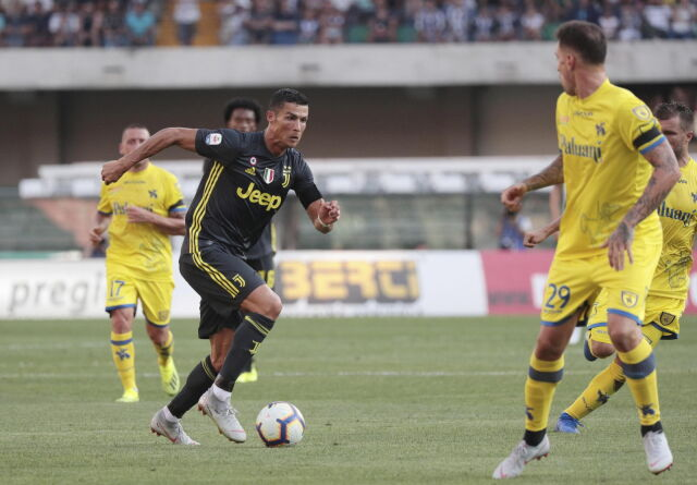 Gol Polaka w debiucie Ronaldo. Juventus musiał się namęczyć