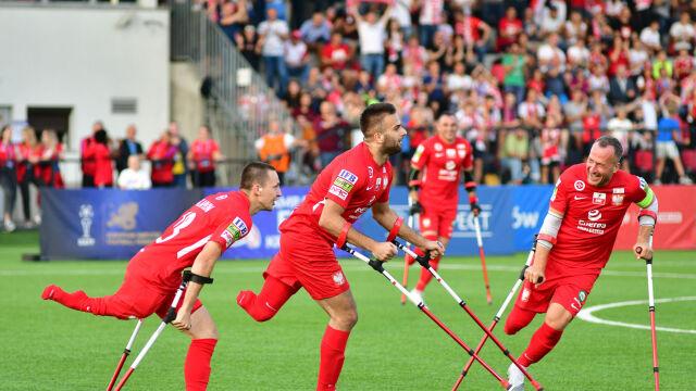 Kolejna imponująca wygrana i awans. Polacy błyszczą w mistrzostwach Europy