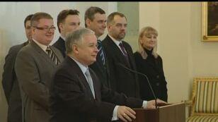 Prezydent Lech Kaczyński dziękuje Beenhakkerowi