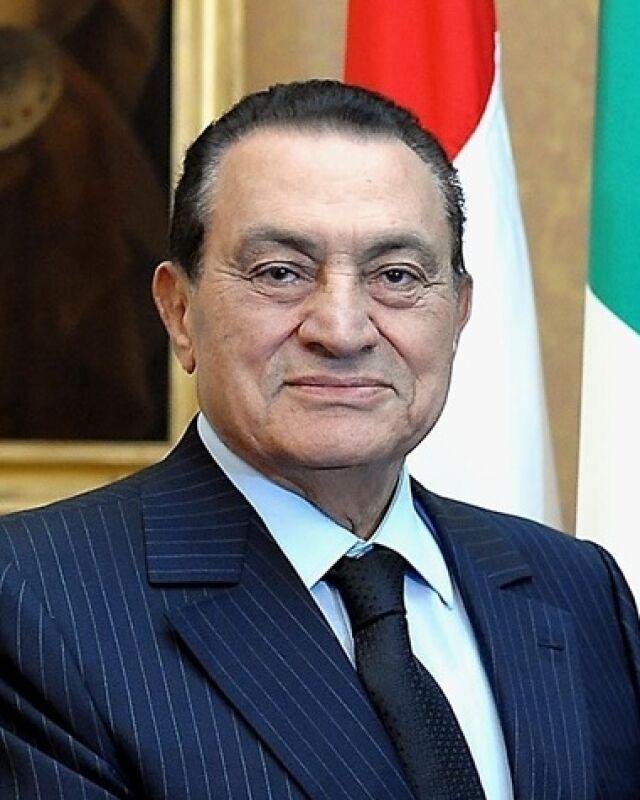 Zakaz wyjazdu dla Mubaraka