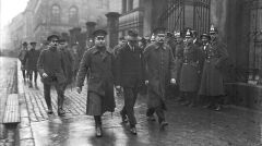 Hans Grans w drodze na proces