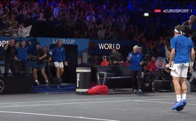 Federer pokonał Isnera w Pucharze Lavera