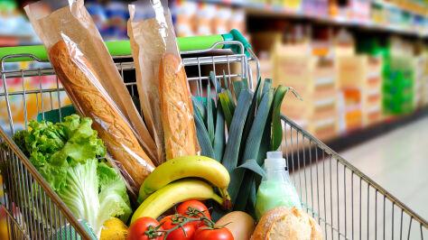 Koszyk produktów spożywczych. Sprawdziliśmy, jak zmieniły sięceny