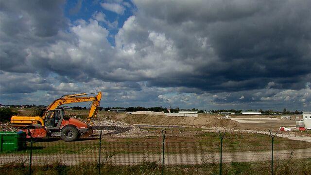 Prace budowlane przy porcie lotniczym w Radomiu