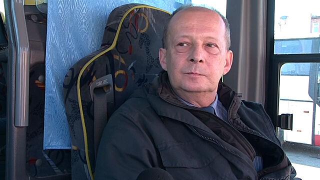 """Odebrał poród w autobusie. """"Żona jest położną, przez 30 lat trochę się nasłuchałem"""""""