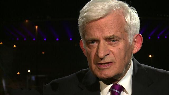 Buzek o roboczym obiedzie Tuska: kurtuazja, ale przy okazji rozmawiali o poważnych sprawach