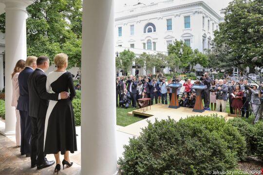 Pary Prezydenckie Polski i Stanów Zjednoczonych przed Białym Domem
