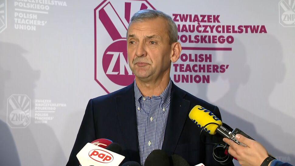 """""""Nie nastąpiło cudowne ocalenie nauczycieli"""". ZNP podaje dane o zwolnieniach"""