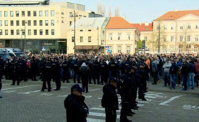 Taksówkarze protestują w Warszawie. Walczą z nielicencjonowanymi przewoźnikami