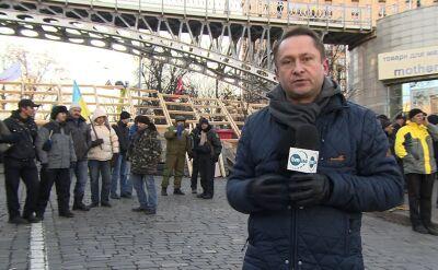 Opozycja przed parlamentem i na Majdanie