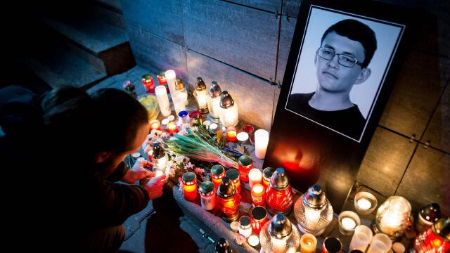 Sześć zarzutów, w tym morderstwa  z premedytacją, po zabójstwie dziennikarza