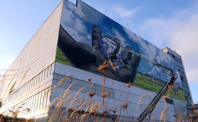 Niezwykły mural na jednym z dawnych budynków elektrowni w Czarnobylu