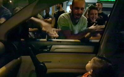 """Libańscy demonstranci zaśpiewali dziecku """"Baby Shark"""""""