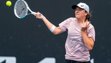 Pewna i skuteczna. Błyskawiczny awans Świątek w Australian Open