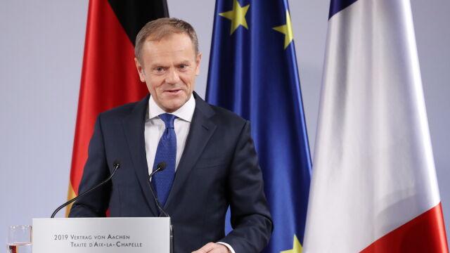 """Tusk daje Adamowicza za przykład Merkel i Macronowi. """"Był Europejczykiem z krwi i kości"""""""