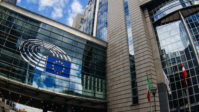 Raport komisji wolności PE: w Polsce istnieje ryzyko zagrożenia praworządności