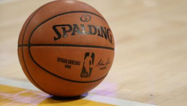 Obawy o starszych pracowników NBA.
