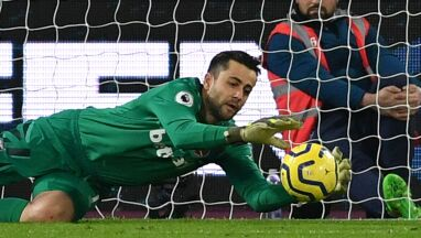Niepokonany Fabiański. Arsenal w końcu wygrał