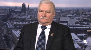 """""""Wstydzę się za Romaszewskiego, nie wyciąga się ręki do biednej Polski"""" - Lech Wałęsa"""