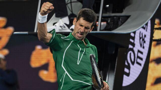 Federer przegrał wygrany set. Później rządziłDjoković